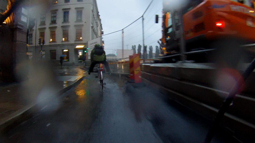 Götgatan i regn