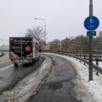 Hur mycket plats slösas på för breda vägar?