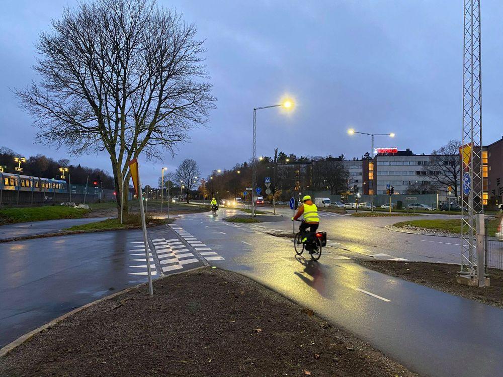 Det är alltid cyklisters ansvar med trafiksäkerhet