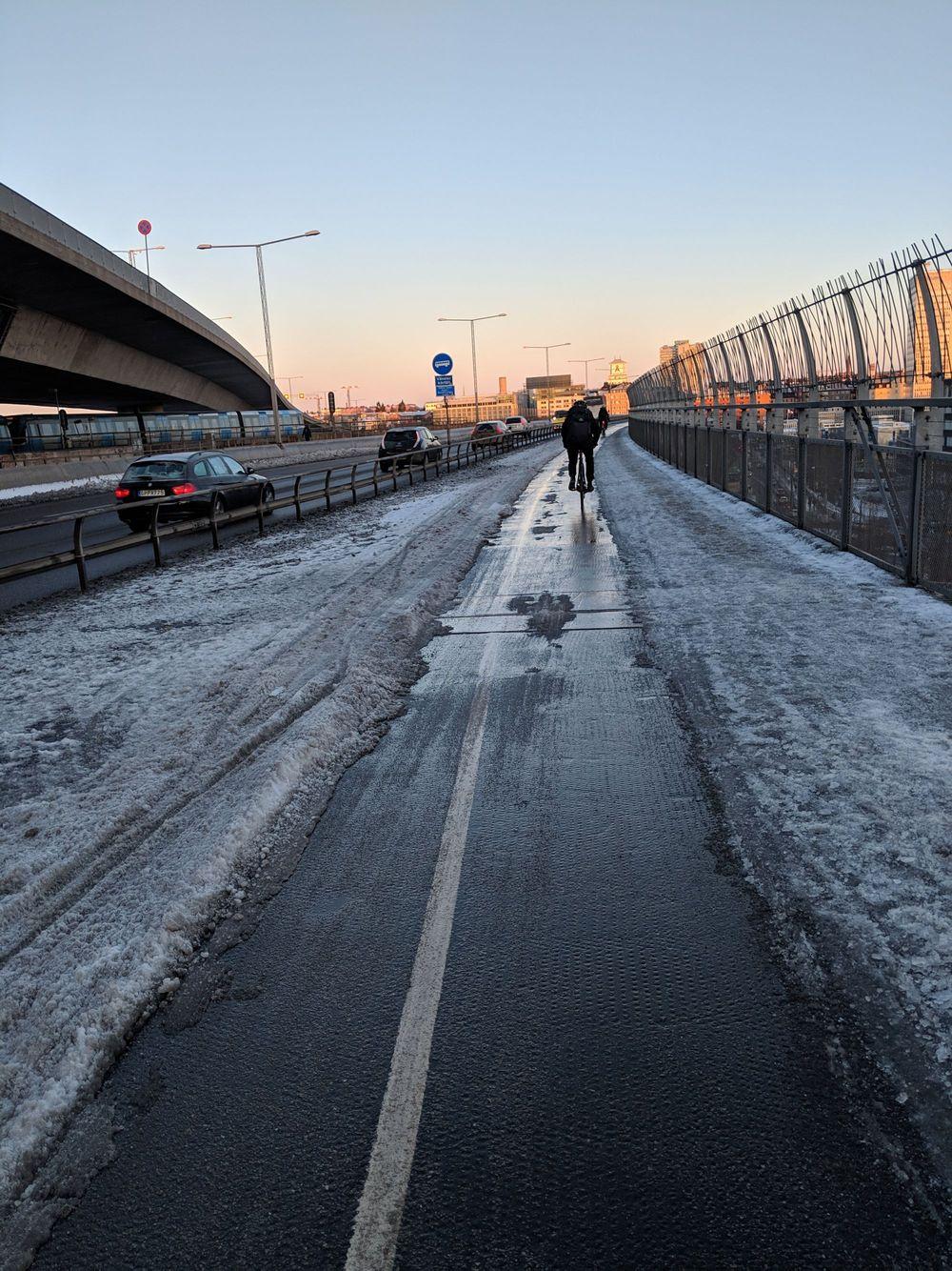 Nej, alla cykelbanor är inte rena sommarvägarna
