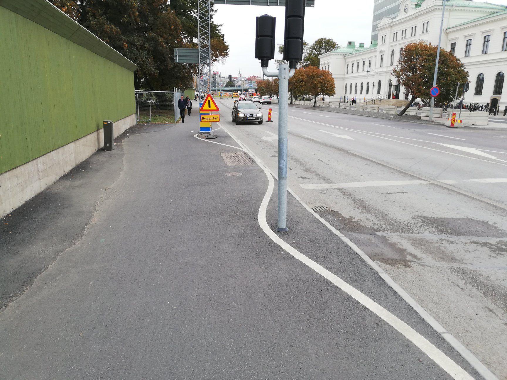 Inte bara Stockholm som trollar bort stolpar med färg