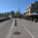 Kungens kanoner hindrar taxi i cykelbanan