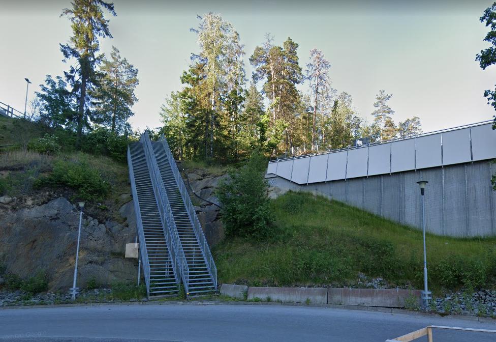 Inte temporär bro som leder ut i intet.